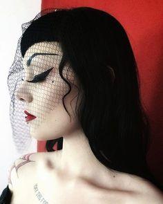 Jumana Morabi Goth Beauty, Dark Beauty, Steampunk Fashion, Gothic Fashion, Darkness Girl, Hybrid Moments, Toms, Goth Look, Gothabilly