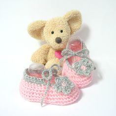 Chaussons bébé ballerines roses et grises à fleur taille 3 mois Tricotmuse : Mode Bébé par tricotmuse