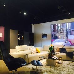 HELLO Fall 2016 Launch • Hampton corner sofa in Estoril Taupe 5022 leather • Boston swivel chair and ottoman in Chester Blue 5092 leather #boconcept #boconceptsf #boconceptusa #sfdesigndistrict #danishdesign #henrikpedersen #hampton #hamptonsofa #hellobeautiful #fall2016 #furniture #cornersofa #sofasectional #interiordesign #homedecor #design #homestyling #livingroom