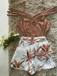 Top. Classy Outfits, Sexy Outfits, Chic Outfits, Summer Outfits, Fashion Outfits, Fashion 2020, Love Fashion, Womens Fashion, Mode Rockabilly