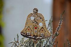 Keramika u Lavender Needle Felting, Decorative Bells, Diy And Crafts, Indie, Lavender, Clay, Christmas Ornaments, Holiday Decor, Holidays
