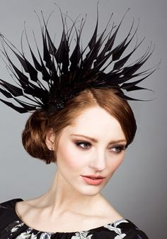 Royal Milliner Rachel Trevor-Morgan offers a couture bespoke service for occasion hats and headdress. Occasion Hats, Occasion Wear, Fancy Hats, Cool Hats, Crow Costume, Rachel Trevor Morgan, Fascinator Hats, Fascinators, Headpieces