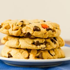 Colossal Reese's Pieces Chocolate Chip Cookies