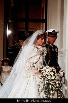 July Lady Diana Spencer marries Prince Charles at St. Paul's Cathedral in London. The day Diana Spencer started to die.Except for affairs w/Bryan Adams among the few. Ever notice how mucb Prince Harry and Bryan Adams look alike ? Lady Diana Spencer, Princesa Diana, Prince And Princess, Princess Of Wales, Princess Leia, Prince Harry, Princess Diana Biography, Charles And Diana Wedding, Prinz William