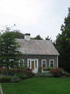 Beach Cottage / Cape Cod style