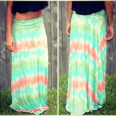 tie dye maxi skirt <3