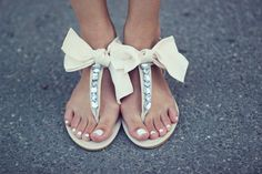 shoes bow sandals bows bowsandals rhinestones sparkle glitter cute girly sharpens white shoes flat s Bow Sandals, Bow Shoes, Cute Sandals, Shoes Heels, Bling Shoes, Flat Sandals, High Heels, Crazy Shoes, Me Too Shoes