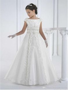 white communion dress Picture - More Detailed Picture about vestidos de comunion 2016 first communion dresses floor length princess white flower girl dresses girls white communion dresses Picture in Flower Girl Dresses from kejiadian brides Store Wedding Dresses For Kids, Cheap Flower Girl Dresses, Gowns For Girls, Wedding Party Dresses, Girls Dresses, Flower Girls, Dress Party, Bridesmaid Dresses, Lace Wedding