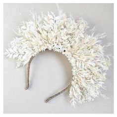 Boho Dried Flower Crown with times of ivory and white. Perfect for Boho & Festival brides White Flower Crown, Flower Crown Bride, Wedding Flower Arrangements, Wedding Flowers, Dried Flowers, Paper Flowers, Most Popular Flowers, Flower Hair Band, Parts Of A Flower