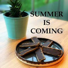 Yaz veya kış, saglıklı beslenmenin mevsimi yok, fit ve zinde olmak her mevsime yakışır👍  Summer or winter, no season for eating healthy. Being fit and healthy fits all seasons👍  #otuzyetmis #eatclean #season #fit #summeriscoming #summerbody #healthy #fitness #instafood #photography #photooftheday Summer Is Coming, Candy, Chocolate, Fitness, Food, Schokolade, Chocolates, Health Fitness, Meals