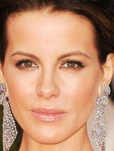 Dia de Beauté - http://revista.vogue.globo.com/diadebeaute/2012/01/golden-globes-2012/
