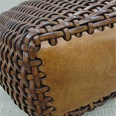 <Woven leather bag: Start with thick , perforated leather rectangle for the botto. Woven leather bag: Start with thick , perforated leather rectangle for the bottom. Leather Weaving, Leather Tooling, Leather Bags, Leather Pouf, Sewing Leather, Leather Ottoman, Thick Leather, Leather Pieces, Leather Accessories