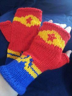 Knitting Pattern for Wonder Woman inspired Fingerless Mitts / Gloves tba super hero Knitting Charts, Knitting Patterns, Crochet Patterns, Scarf Patterns, Easy Knitting, Knit Mittens, Knitted Gloves, Knitted Beanies, Creative Knitting
