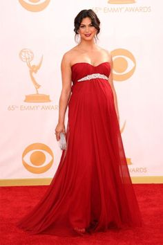 Morena Baccarin at the 2013 Emmys
