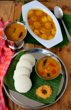 The best tiffin sambar recipe hotel style for idli, dosa, pongal. Learn how to make recipe of idli sambar, that's easy and tasty. Sambar recipes for tiffins Andhra Recipes, Recipes In Tamil, Indian Food Recipes, Kerala Recipes, Rasam Recipe, Idli Recipe, Vegetarian Fast Food, Indian Snacks, Indian Foods