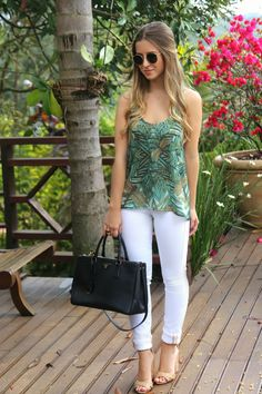 How to wear fall fashion outfits with casual style trends Spring Outfits, Trendy Outfits, Cool Outfits, Fashion Outfits, Womens Fashion, Look Office, White Jeans Outfit, Look Chic, Casual Chic