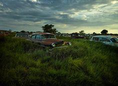 Dieter Kleins geniale Fotos von Schrottkisten