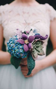 flower bouquet With crocheted hydrenga succulent clematis lupines and more!wedding flower bouquet With crocheted hydrenga succulent clematis lupines and more! Crochet Flower Patterns, Crochet Flowers, Fabric Flowers, Wedding Arch Rustic, Wedding Table, Wedding Ceremony, Trendy Wedding, Diy Wedding, Wedding Cakes