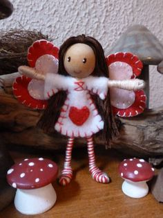 The Enchanted Tree: Valentine Fairies. Fairy Crafts, Doll Crafts, Enchanted Tree, Clothespin Dolls, Tiny Dolls, Flower Fairies, Waldorf Dolls, Felt Dolls, Felt Ornaments