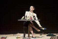 PALERMO PALERMO de PinaBausch Pina Bausch, Modern Contemporary Dance, Modern Dance, Disability Art, Theater, Sacre, Gold Dragon, Theatre Design, Stage Set