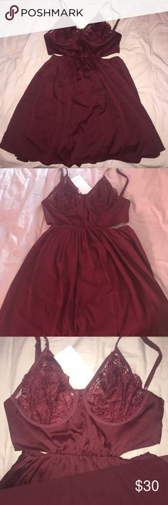 NWT Toni bra top dress Open back and sides ! Underwire bra top ! Tobi Dresses Mini