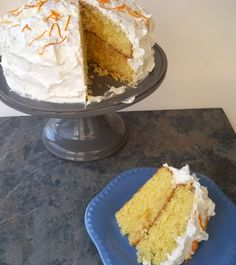 White Chocolate Orange Cake with orange curd filling Craving Sweets, Cupcake Cakes, Cupcakes, Box Cake Mix, Baking And Pastry, Chocolate Orange, Limes, Bakeries, Love Cake