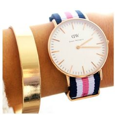 The Daniel Wellington watch with its interchangeable straps speaks for a classic and timeless design suitable for every occasion. Elegant Watches, Stylish Watches, Daniel Wellington Watch Women, Cute Bracelets, Diamond Are A Girls Best Friend, Beautiful Shoes, Girly Things, Girly Stuff, Necklaces