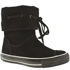 dcad2fe1e0f37c Converse booties - me likes!