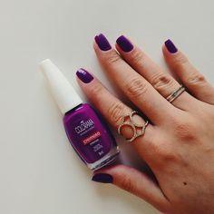 Meninas, coloquei uma resenha no blog sobre o esmalte Noite Quente da Colorama que estou amando!! #inlove  www.patriciacousseau.com.br