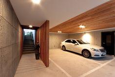 Inspiring Underground Parking Design Ideas For Minimalist 10 Modern Garage, Modern Tiny House, Building A Garage, Building A House, Car Garage, Garage To Living Space, Underground Garage, Townhouse Designs, Garage Lighting