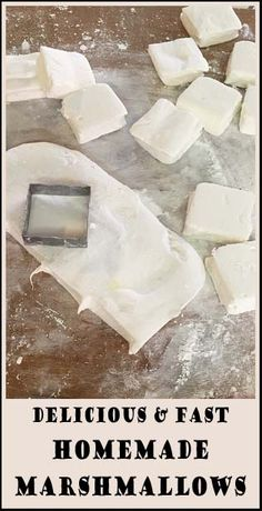 Delicious and easy to make, Homemade Marshmallows.( no egg white or candy thermometer) Just Desserts, Delicious Desserts, Yummy Food, Tasty, Homemade Marshmallows, Homemade Candies, Making Marshmallows, Marshmallow Recipes, Candy Recipes