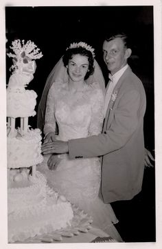 1950's Chicago newlyweds Pat and Lenny