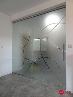Sklenená stena s posuvnými dverami Glass Design, Divider, Case, Lighting, Room, Furniture, Home Decor, Bath, Bedroom