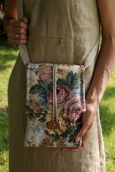 Handmade Purses, Handmade Bracelets, Foldover Bag, Bag Patterns To Sew, Sewing Patterns, Tote Pattern, Fabric Bags, Fabric Basket, Handmade Notebook