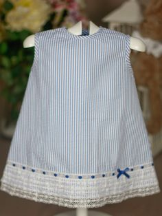 Simple dress with beautiful trim!Vestido marinero azul Paz Rodriguez de Bebe | Les Bébés