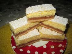 Prajituri de casa: Prajitura cu mere si crema de vanilie Romanian Desserts, Food Cakes, Cornbread, Vanilla Cake, Tapas, Cake Recipes, Sweet Treats, Cheesecake, Food And Drink