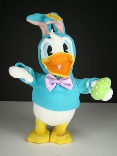 Hallmark Donald Duck Animated Dont Pull My Ears Easter Singing Dancing Bunny