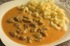 Každý dobre pozná obľúbené jedlo kura na paprike, ale aj s bravčovým mäskom je to eňo-ňuňo ;-) Jedlo je na komplet hotové za 45 min ;-)