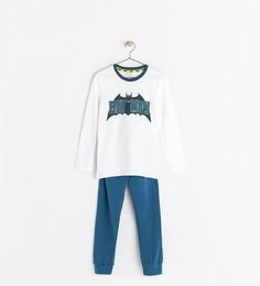 "TWO-PIECE ""BATMAN"" PAJAMAS"