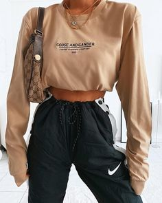 December 05 2019 at fashion-inspo Lazy Day Outfits, Cute Comfy Outfits, Chill Outfits, Sporty Outfits, Pretty Outfits, Stylish Outfits, Fashion Outfits, Fashion Clothes, Summer Outfits