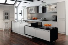 How much do new or replacement kitchen doors really cost? Find out the costs of planning a new kitchen installation or updating your existing units. Kitchen Cupboard Doors, Kitchen Units, Kitchen Ideas, Kitchen Island, Layout Design, Ikea, Shabby, Best Kitchen Designs, Design Kitchen