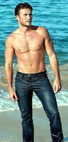 Scott Eastwood in wet jeans Scot Eastwood, Clint And Scott Eastwood, Hot Country Men, Hunks Men, Hot Actors, Romance, Actor Model, Good Looking Men, Male Beauty