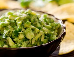 roasted-garlic-guac