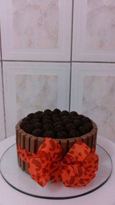 Cake, Desserts, Cakes, Bolo De Chocolate, Tailgate Desserts, Deserts, Kuchen, Postres, Dessert