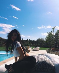 Image about kylie jenner in { kyliejenner } by babxqueen Kylie Jenner Instagram, Kendall E Kylie Jenner, Trajes Kylie Jenner, Looks Kylie Jenner, Kylie Jenner Outfits, Kylie Jenner Style, Kylie Snapchat, Kylie Jenner Pictures, Estilo Kylie Jenner
