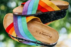 Live, life comfortably and colorfully 🌈 Available in both Women's and Men's sizes 🐻🐾 Shop Marley: bearpaw.com/ #LiveLifeComfortably #BearpawStyle Live Life, Fashion Accessories, Cool Stuff, Shopping, Style, Cool Things, Stylus, Quotes On Life