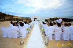 Spectacular white wedding at a secluded beach by Algarve Wedding Planners | My Portugal Wedding
