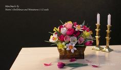 1:12 scale Dolls House miniature - handmade Spring flower basket.  www.laurendz.dk