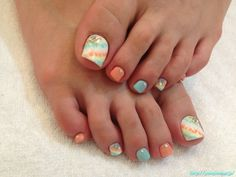 4色のピーコックフットネイル Peacock foot nail of 4 colors