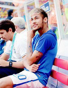 Neymar da Silva Santos Júnior, allgemein bekannt als Neymar oder Neymar Jr. Neymar Jr, Paris Saint Germain Fc, Good Soccer Players, Football Players, National Football Teams, Lionel Messi, Fc Barcelona, People, Football Quotes